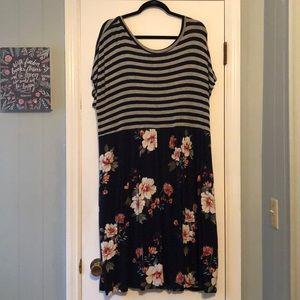 Oddy Criss-Cross Back Dress with Pockets